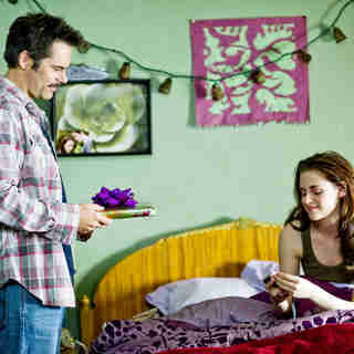 Twilight Saga's New Moon, The - Billy Burke stars as Charlie Swan and Kristen Stewart stars as Bella Swan in Summit Entertainment's The Twilight Saga's New Moon (2009)