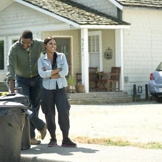 Mykelti Williamson and Toni Braxton (stars as Nina) in Lifetime's Twist of Faith (2013)