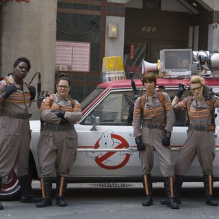 Ghostbusters (2016) - Leslie Jones, Melissa McCarthy, Kristen Wiig and Kate McKinnon in Columbia Pictures' Ghostbusters (2016)