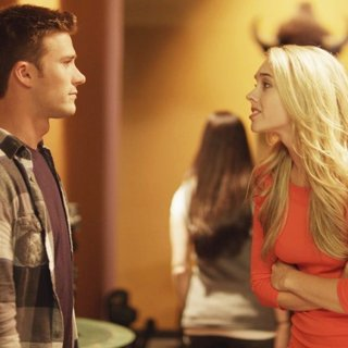 Scott Eastwood stars as Drew and Laura Ashley Samuels stars as Nikki in Level 33 Entertainment's Walk of Fame (2017) - walk-of-fame04