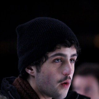 Josh Peck stars as Jim in Sony Pictures' What Goes Up (2009) - what_goes_up28