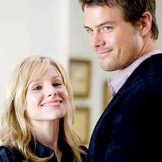 Kristen Bell stars as Beth Harper and Josh Duhamel stars as Nick Beamon in Walt Disney Pictures' When in Rome (2010) - when_in_rome26