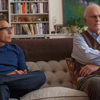 Ben Stiller stars as Josh and Charles Grodin stars as Leslie in A24's While We're Young (2015)
