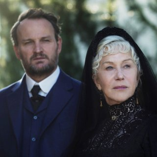 Winchester - Jason Clarke stars as Eric Price and Helen Mirren stars as Sarah Winchester in CBS Films' Winchester (2018)