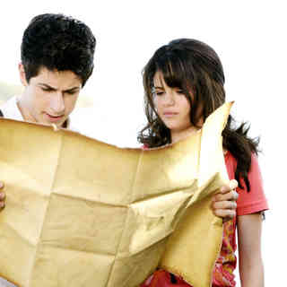 David Henrie stars as Justin Russo and Selena Gomez stars as Alex Russo in Disney Channel's Wizards of Waverly Place: The Movie (2009) - wizards_of_waverly_place23