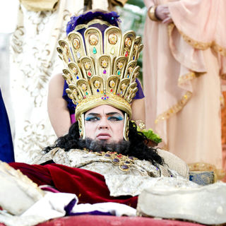 Oliver Platt stars as High Priest in Columbia Pictures' Year One (2009) - year_one30