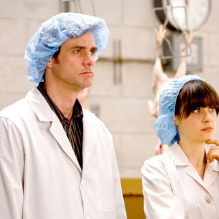 Jim Carrey stars as Carl Allen and Zooey Deschanel stars as Renee Allison in Warner Bros. Pictures' Yes Man (2008) - yes_man15