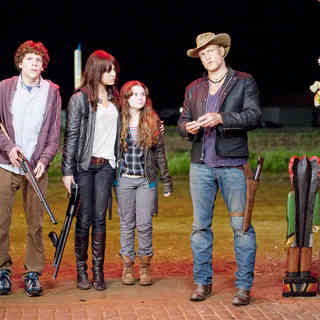 Jesse Eisenberg, Emma Stone, Abigail Breslin and Woody Harrelson in Columbia Pictures' Zombieland (2009)
