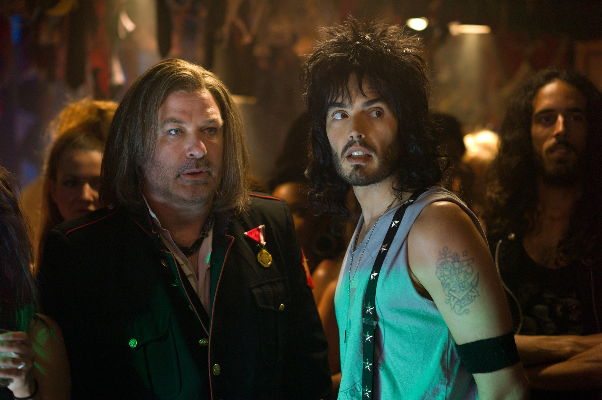 Alec Baldwin, Russell Brand