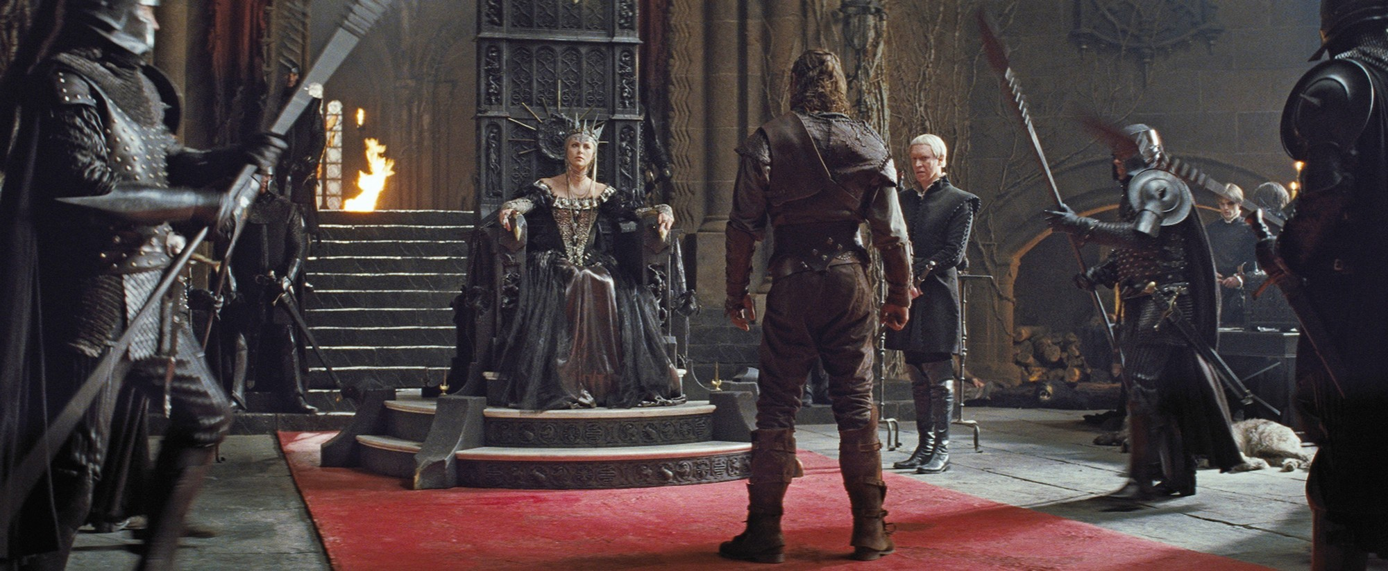 Snow White And The Huntsman Young Snow White Snow White And The Huntsman