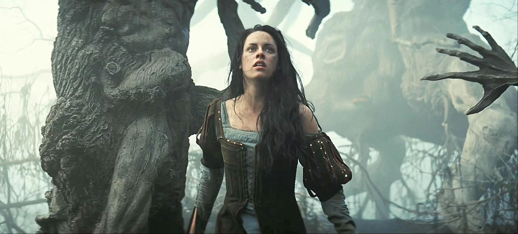 Kristen Stewart stars as Snow White in Universal Pictures' Snow White and the Huntsman (2012)