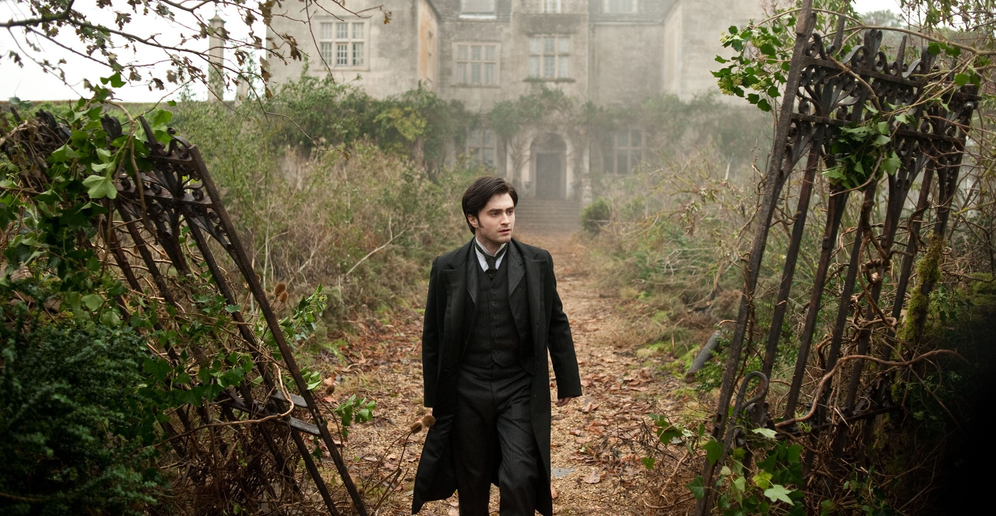 the woman in black picture 9