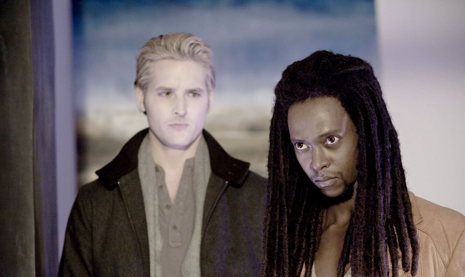Peter Facinelli stars as Dr. Carlisle Cullen and Edi Gathegi stars as Laurent in Summit Entertainment's Twilight (2008)