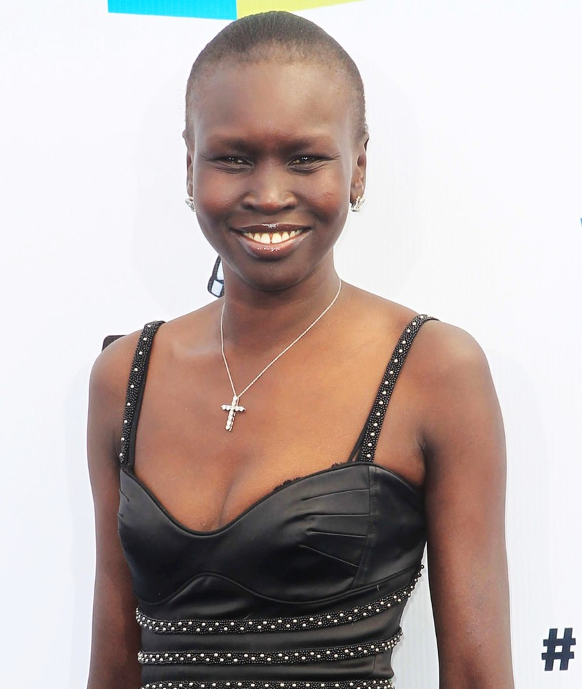 Alek Wek Picture 6 - The DoSomething.org and VH1's 2012 Do Something ...