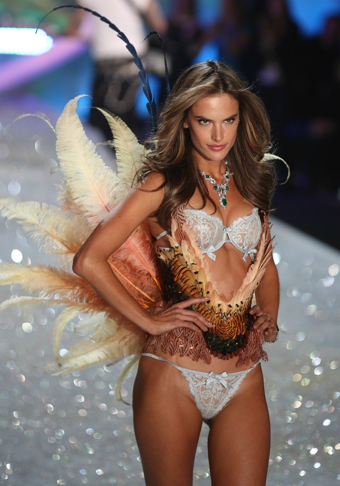 2013 Victoria's Secret Fashion Show Alessandra Ambrosio