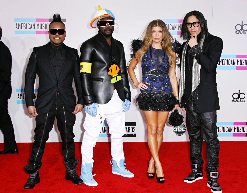 2010 American Music Awards - Arrivals