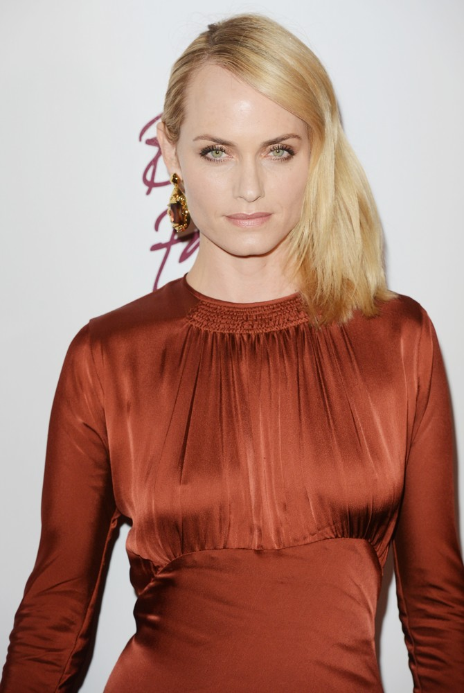 amber valletta picture british fashion awards arrivals