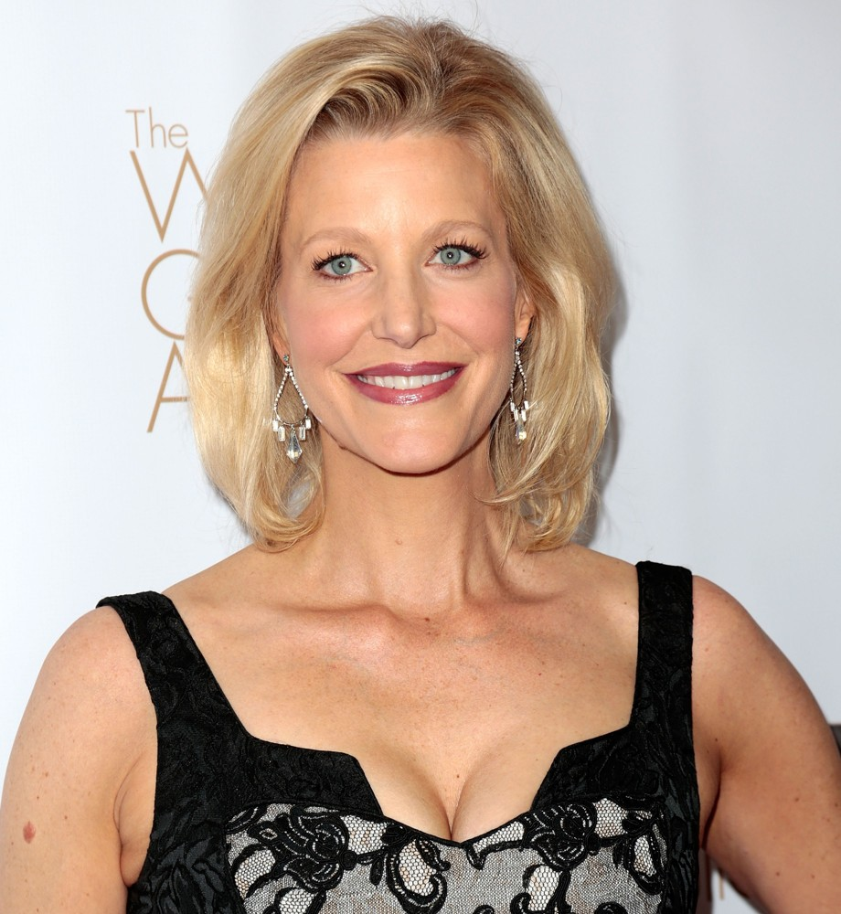 Anna Gunn Net Worth