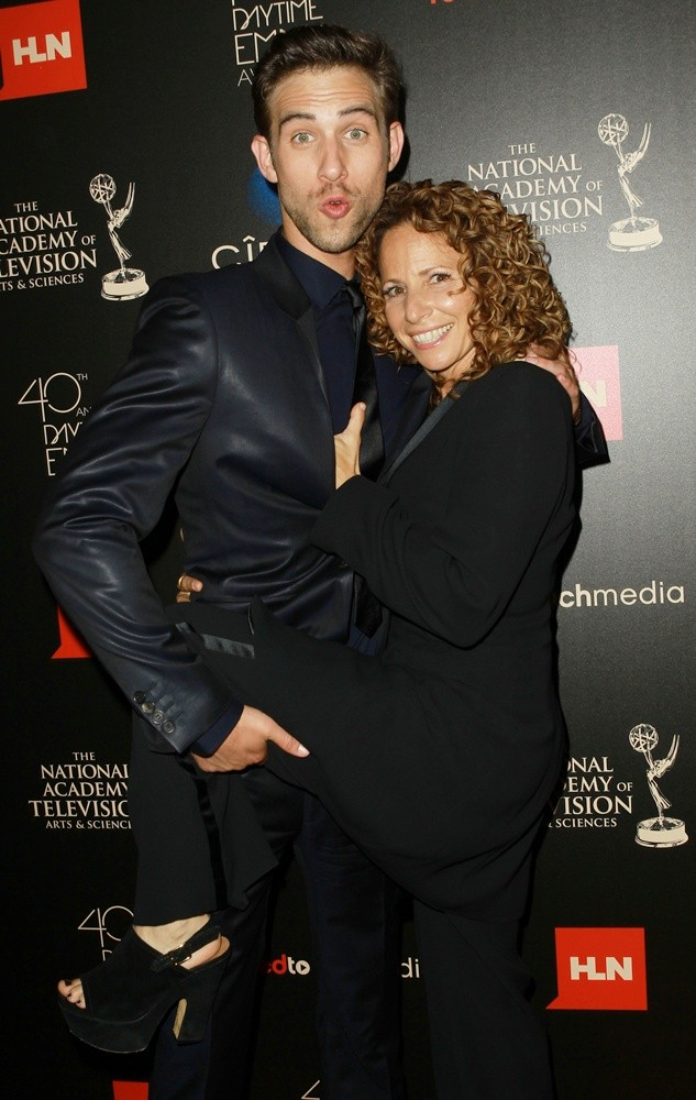 Blake Berris, Meredith Scott Lynn<br>The 40th Annual Daytime Emmy Awards - Arrivals