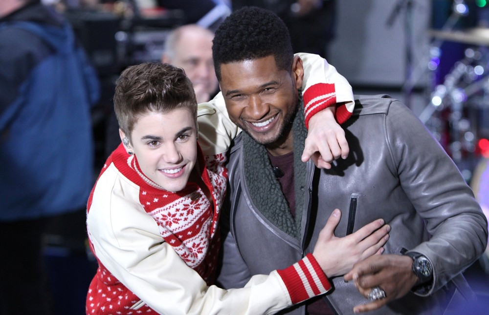 Justin Bieber, Usher<br>Justin Bieber and Usher Perform on Today as Part of The Toyota Concert Series