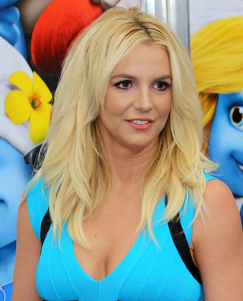 The Los Angeles Premiere of The Smurfs 2 - Arrivals