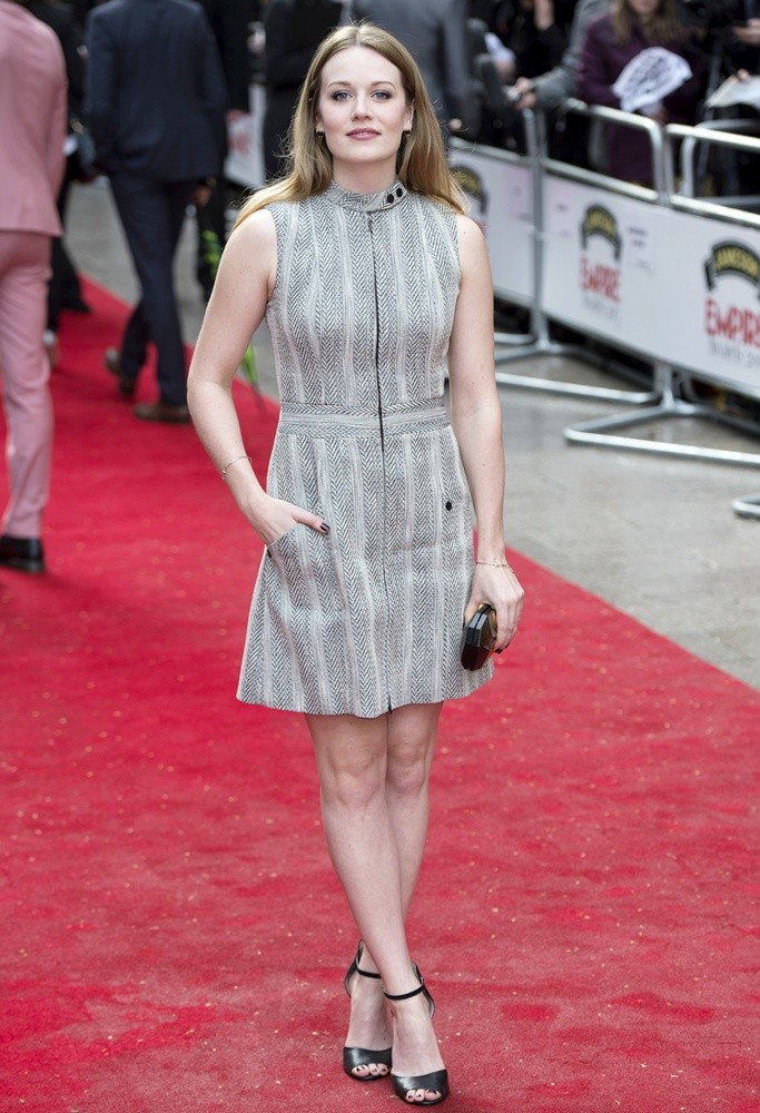 cara theobold call the midwife