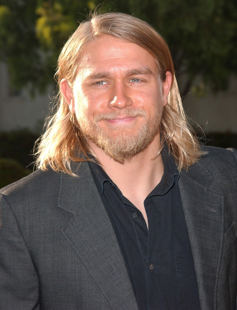 Charlie Hunnam Picture 4Charlie Hunnam