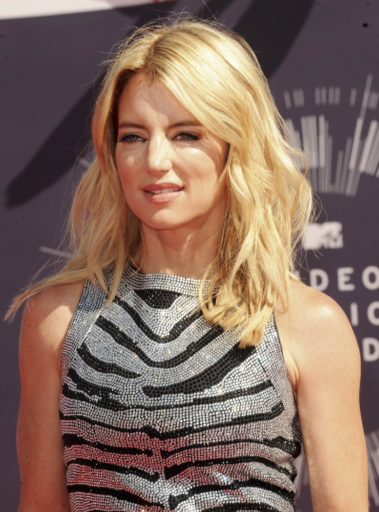 Cynthia Watros<br>2014 MTV Video Music Awards - Arrivals