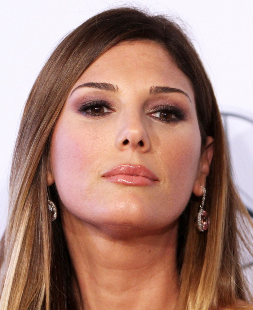 Daisy Fuentes Net Worth