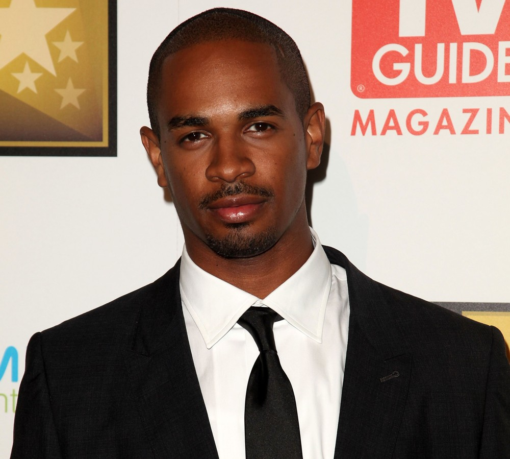 Damon Wayans, Jr. Damon Wayans Jr Stays on New