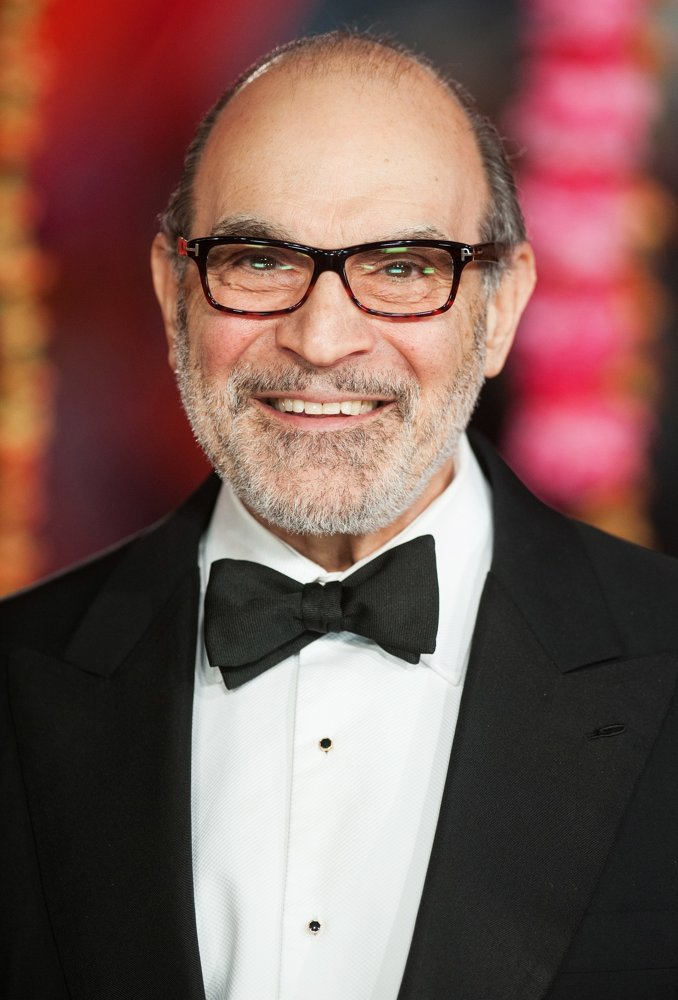 how tall is david suchet