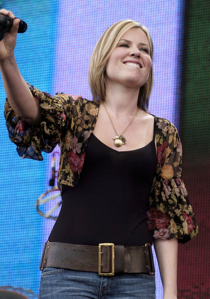 Dido<br>Live 8 Make Poverty History Concert