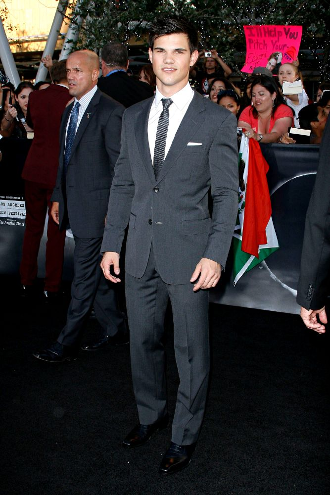 2010 Los Angeles Film Festival - Premiere of 'The Twilight Saga's Eclipse' - Arrivals