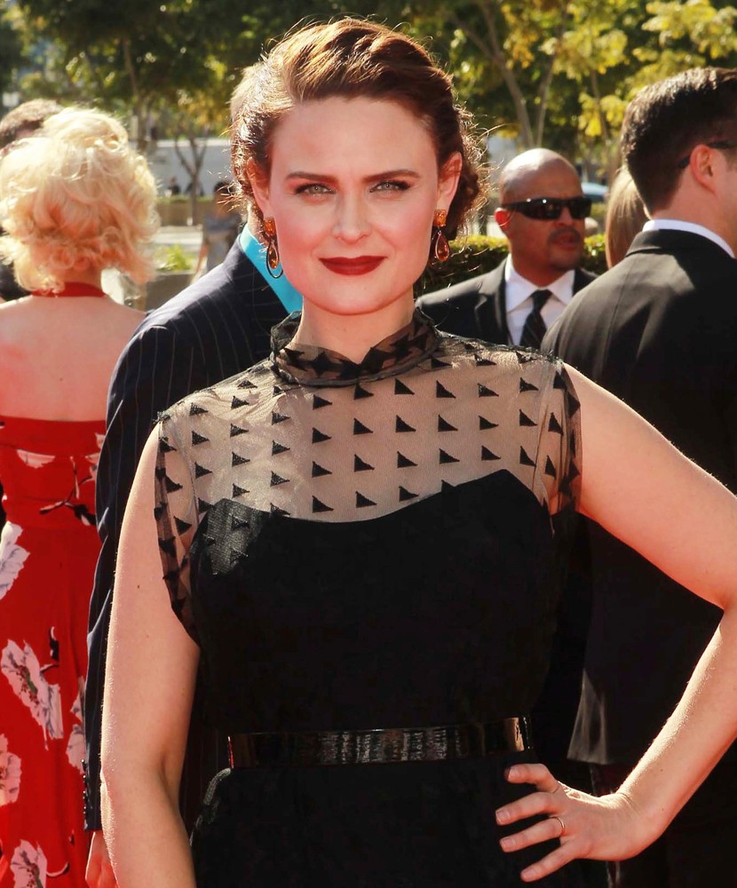 Emily Deschanel Young Emily deschanel