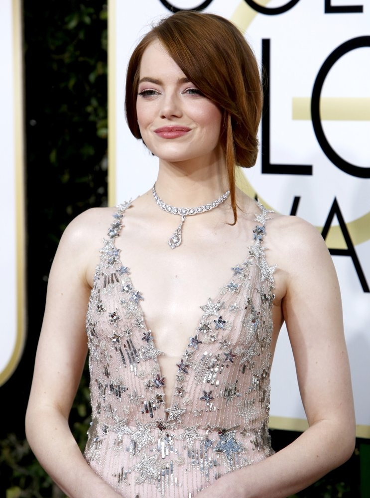 Emma Stone Picture 370 - 74th Golden Globe Awards - Arrivals Emma Stone Golden Globes