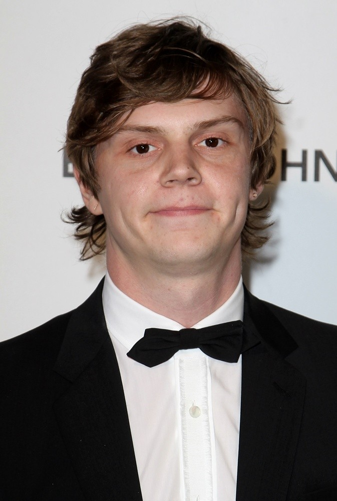 Evan Peters<br>21st Annual Elton John AIDS Foundation's Oscar Viewing Party
