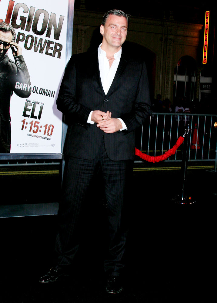 Los Angeles Premiere of 'The Book Of Eli' - Arrivals