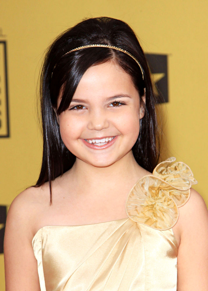Bailee Madison - Wallpaper Actress