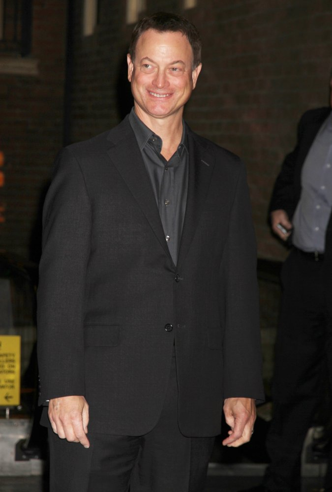 Gary Sinise<br>CSI The Experience Welcomes Gary Sinise as Part of American Airlines