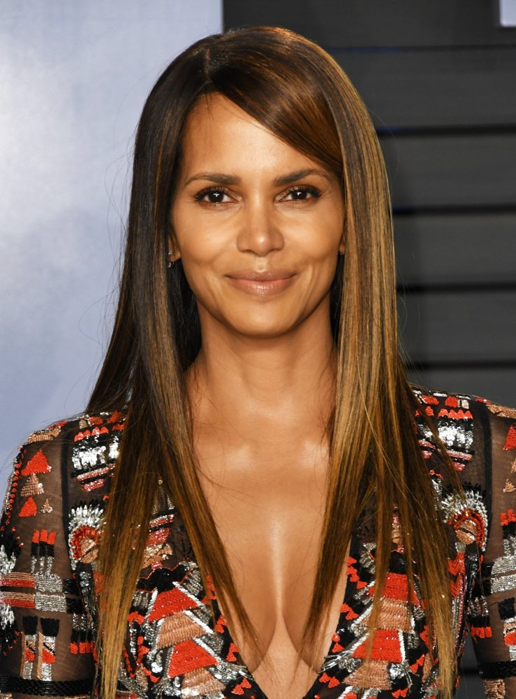 Halle Berry<br>2018 Vanity Fair Oscar Party - Arrivals