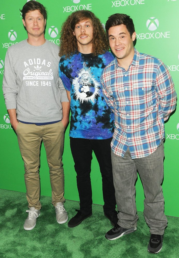 Anders Holm, Blake Anderson, Adam DeVine<br>Xbox One Official Launch Celebration - Arrivals
