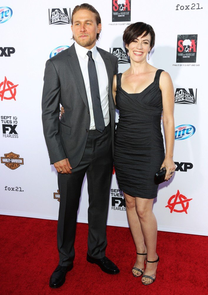 Charlie Hunnam, Maggie Siff<br>Premiere of FX's Sons of Anarchy Season Six - Arrivals