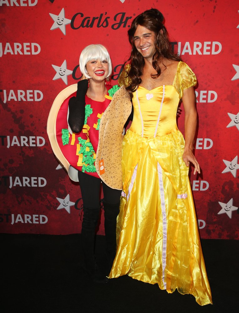 Sarah Hyland, Wells Adams<br>Just Jared's 7th Annual Halloween Party