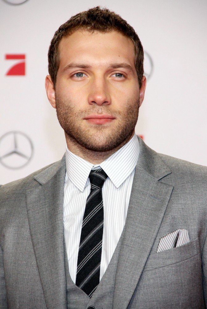 Jai Courtney Picture 6Jai Courtney