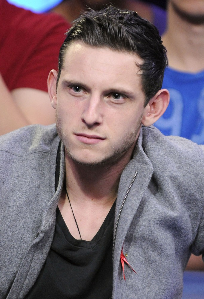 Jamie Bell - Picture Colection