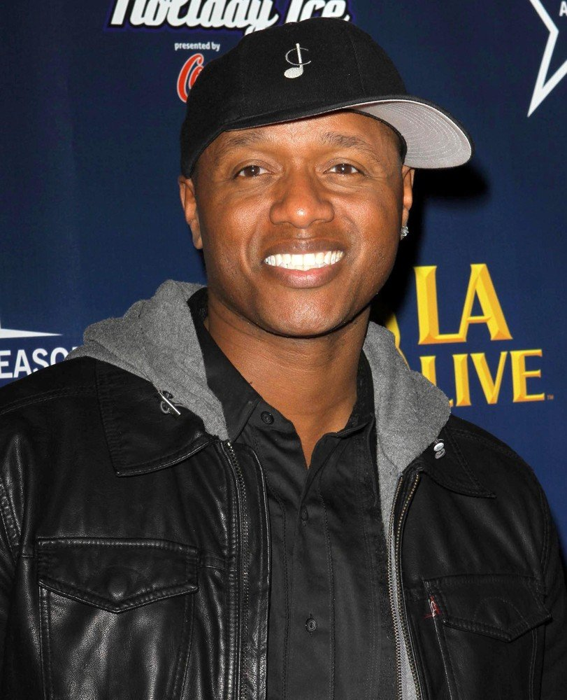 Javier Colon<br>The 4th Annual Holiday Christmas Tree Lighting Ceremony and The Opening of LA Kings