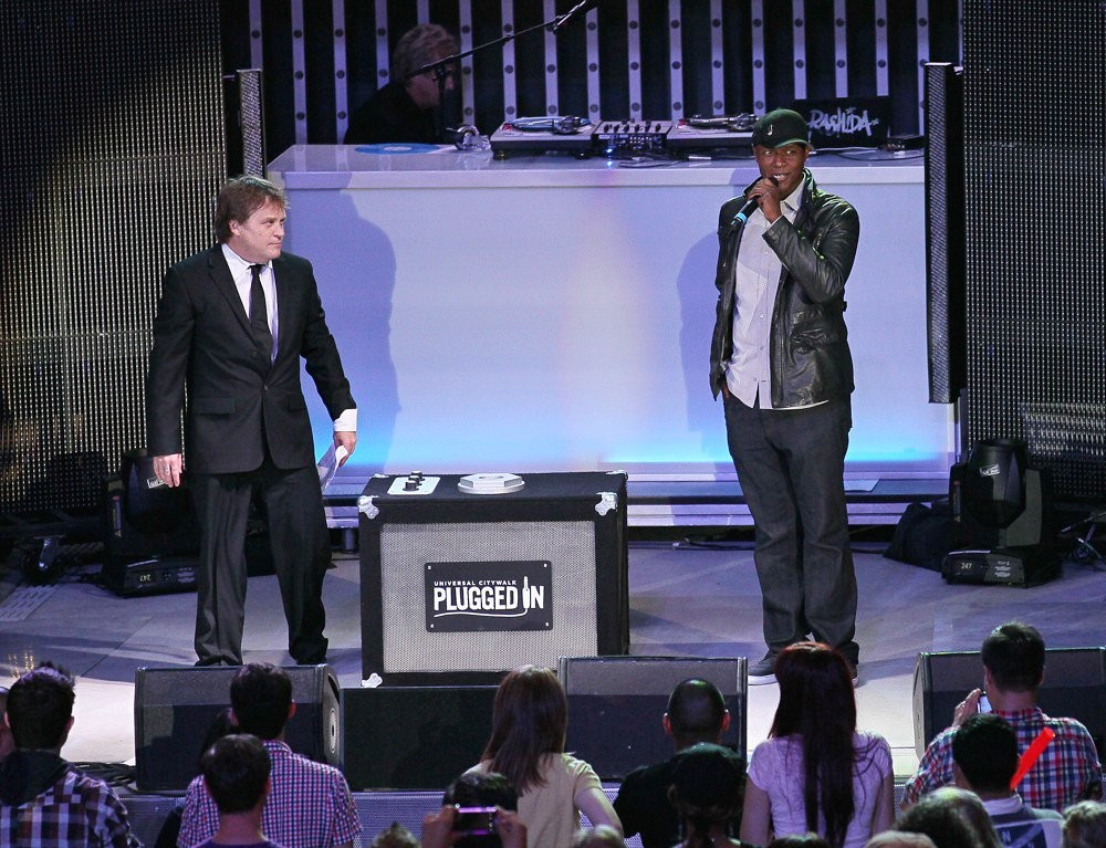 Javier Colon<br>Javier Colon Launches Universal Citywalk's New High Tech Next Generation 5 Towers