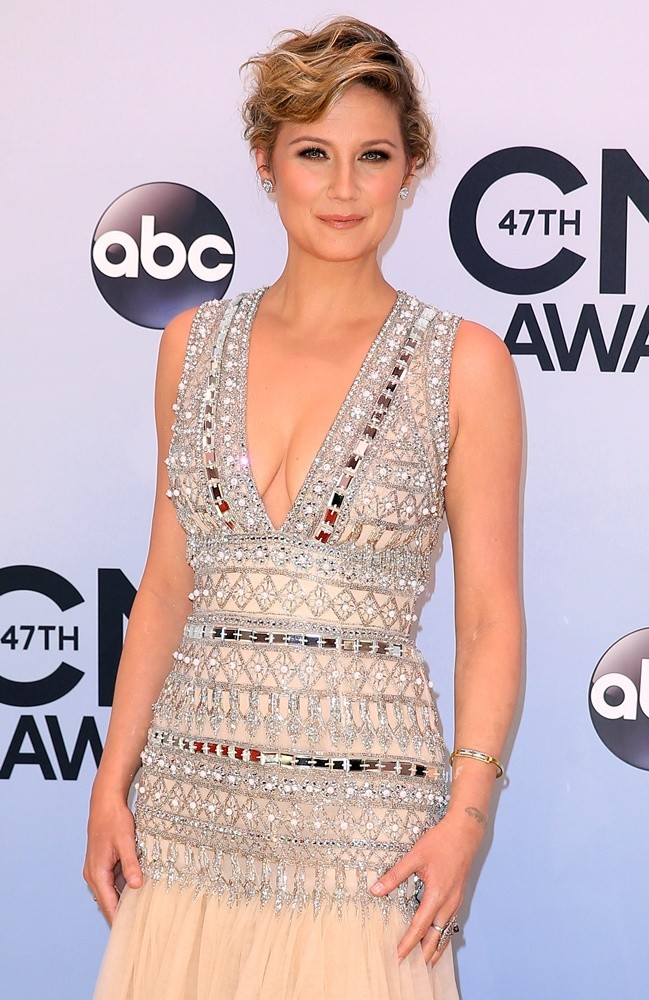 Jennifer Nettles, Sugarland<br>47th Annual CMA Awards - Red Carpet