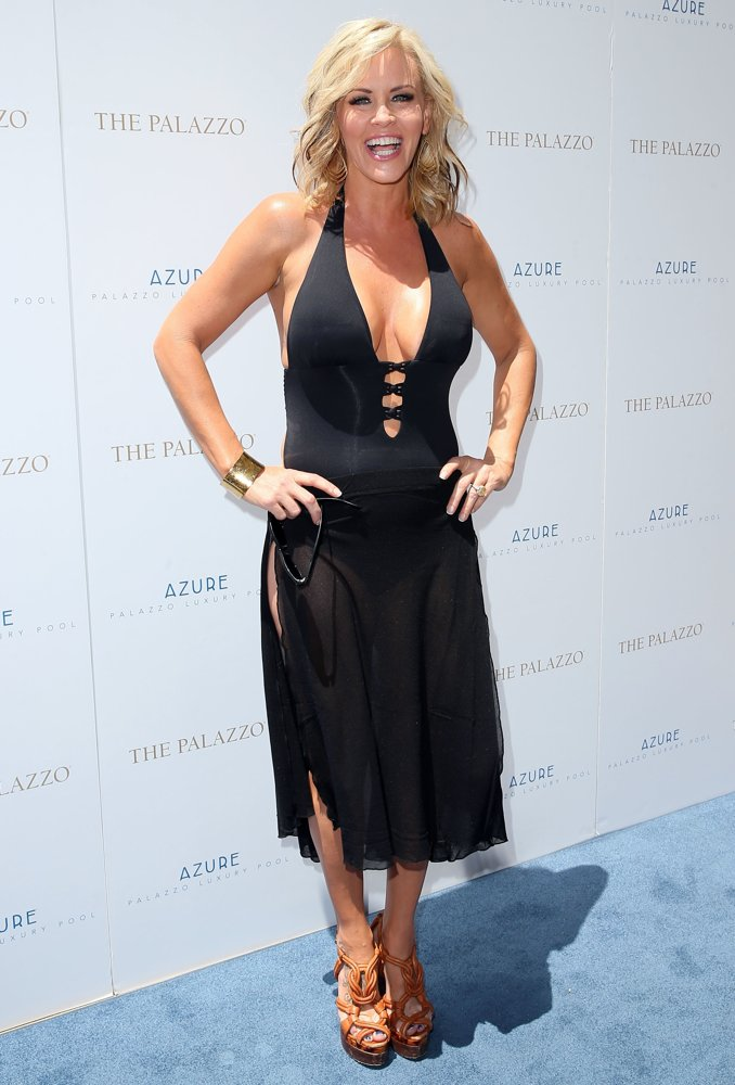 Jenny McCarthy<br>Jenny McCarthy Hosts The Ultimate Pool Party