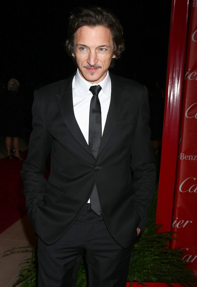 John Hawkes<br>24th Annual Palm Springs International Film Festival Awards Gala - Red Carpet